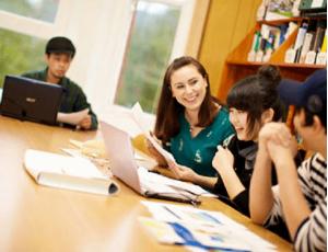 Sự tận tâm của gia sư là điều kiện cơ bản để những buổi học gia sư có kết quả tốt