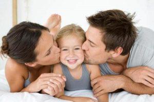 Luôn tâm sự và chia sẻ về giới tính với con