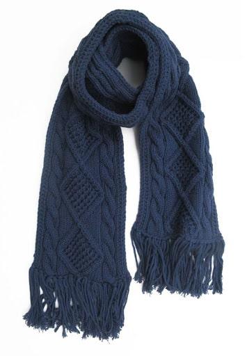 1 chiếc khăn ấm áp do chính tay bạn làm cũng là món quà ý nghĩa